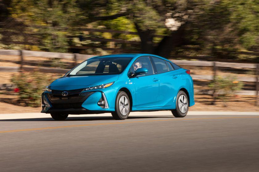 2017 Toyota Prius Prime Advanced 006