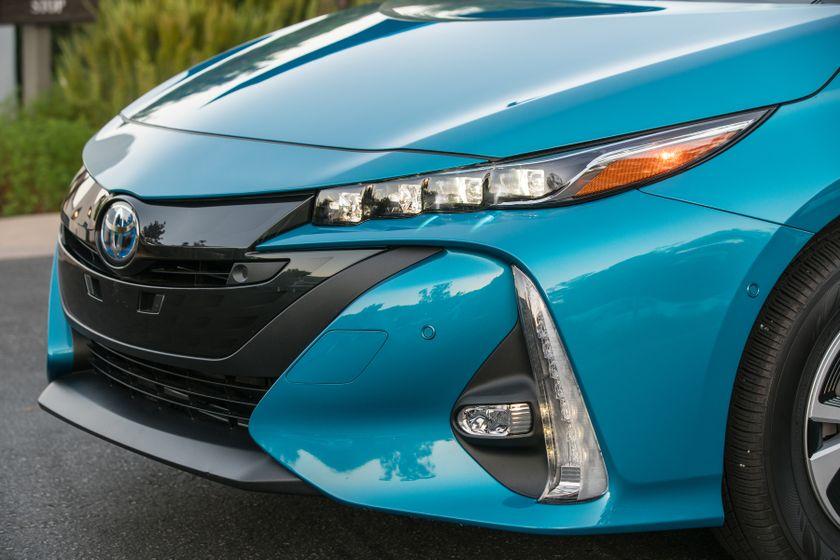 2017 Toyota Prius Prime Advanced 017
