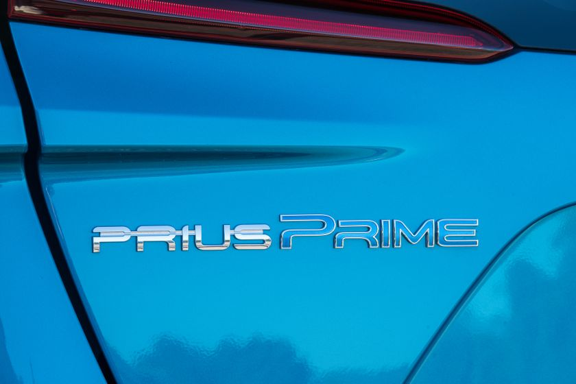 2017 Toyota Prius Prime Advanced 020
