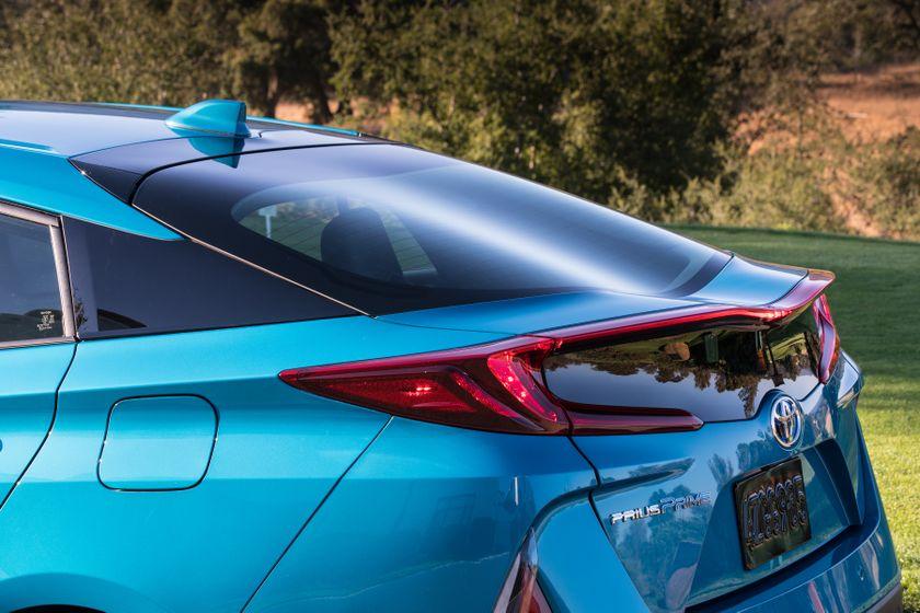 2017 Toyota Prius Prime Advanced 021