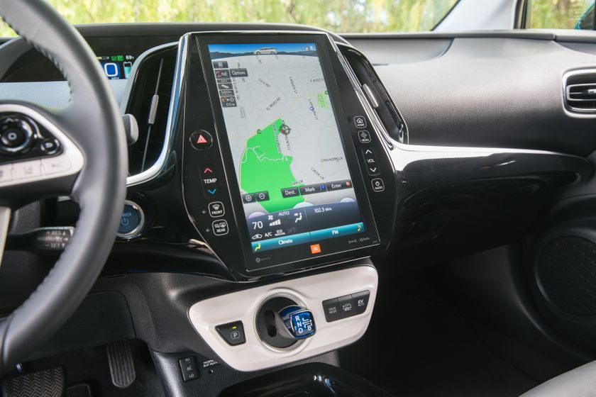2017 Toyota Prius Prime Advanced 025