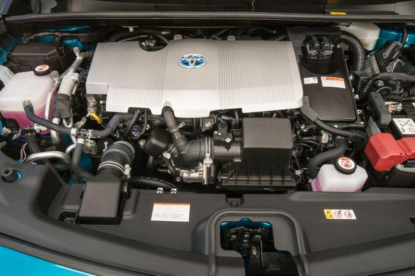 2017 Toyota Prius Prime Advanced 032