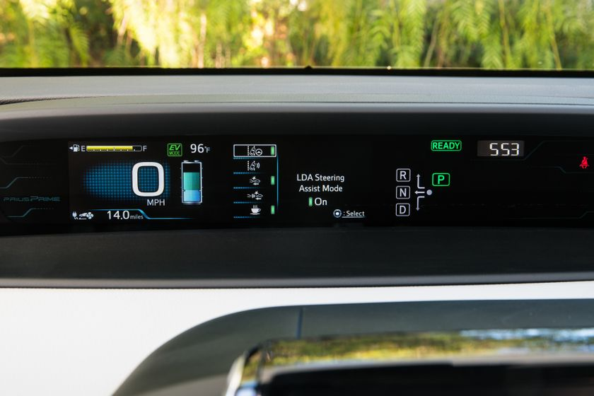 2017 Toyota Prius Prime Advanced 035