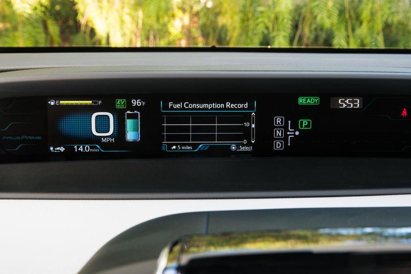 2017 Toyota Prius Prime Plus 001