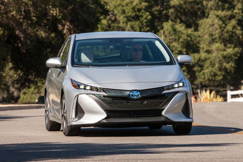 2017 Toyota Prius Prime Premium 005