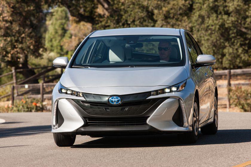 2017 Toyota Prius Prime Premium 006