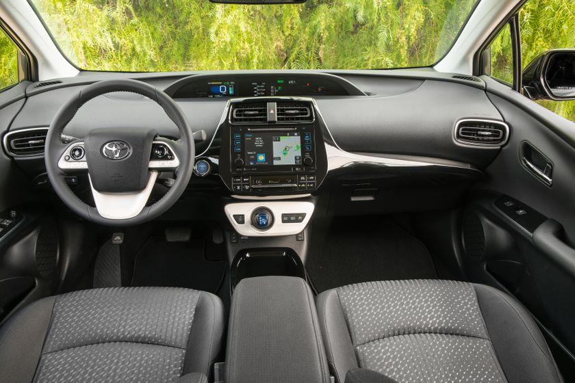 2017 Toyota Prius Prime Plus 006