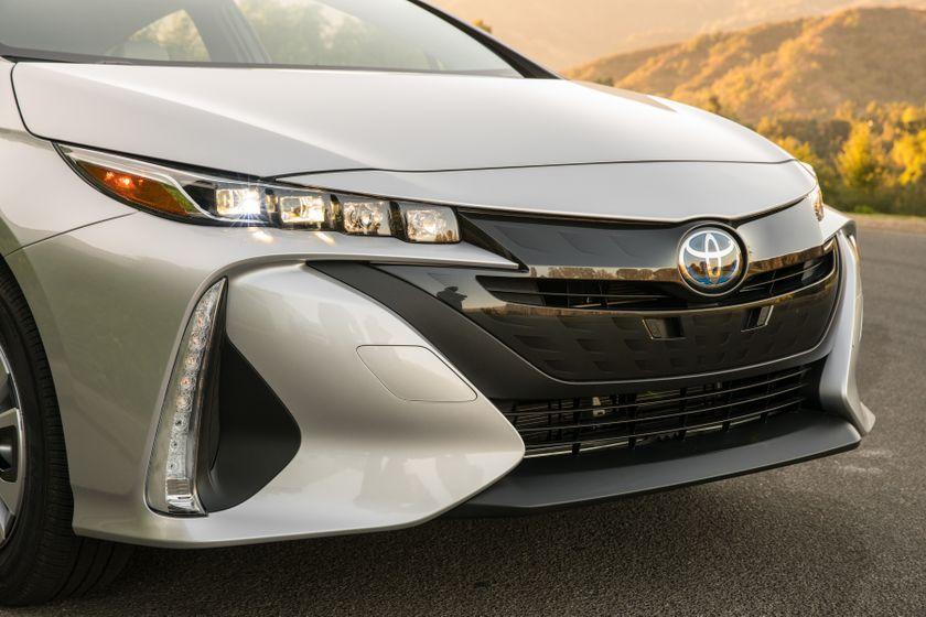 2017 Toyota Prius Prime Premium 016