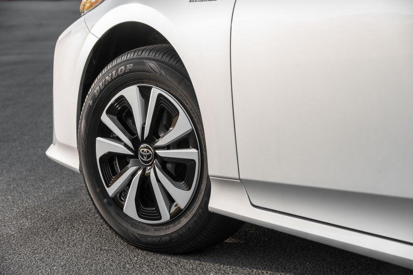 2017 Toyota Prius Prime Premium 019