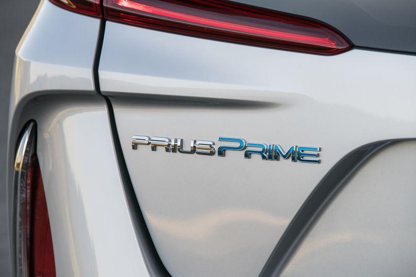 2017 Toyota Prius Prime Premium 023