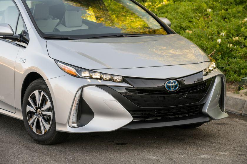 2017 Toyota Prius Prime Premium 024