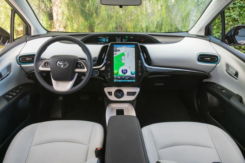 2017 Toyota Prius Prime Premium 026