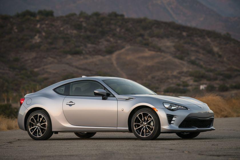 2017-2018 Toyota 86 - 031