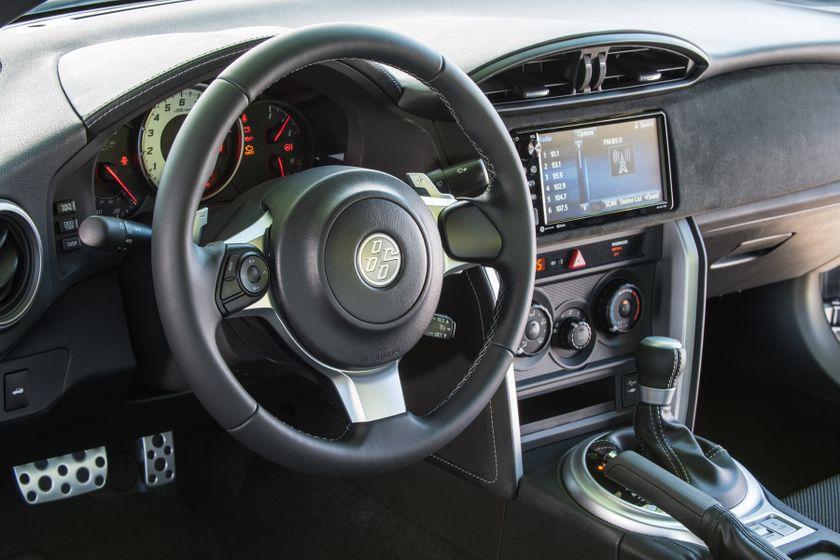 2017-2018 Toyota 86 - 048