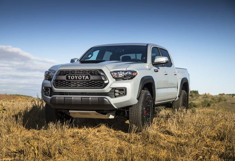 2017_Toyota_Tacoma_TRD_Pro-1