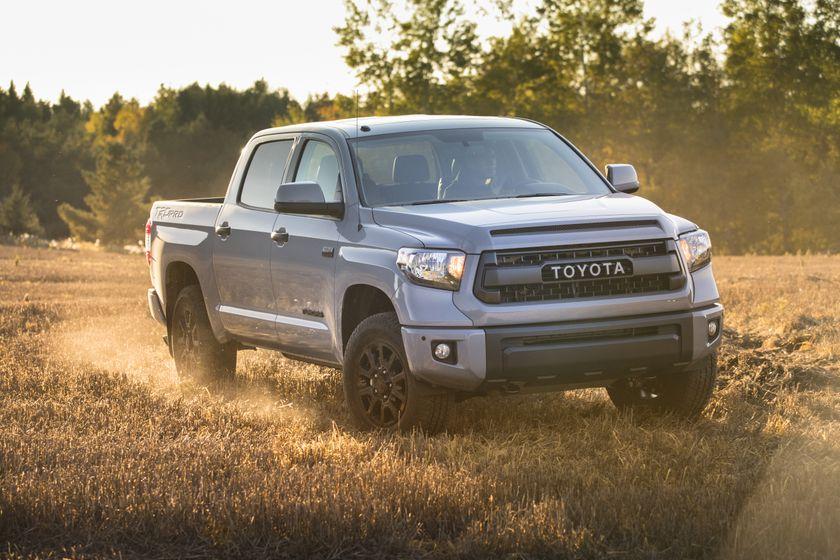 2017_Toyota_Tundra_TRD_Pro-5