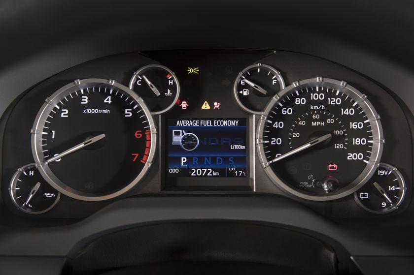 2017_Toyota_Tundra_TRD_Pro-32