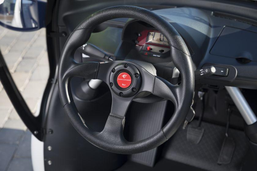 Toyota_COMS-22