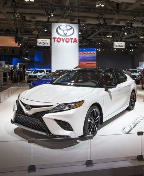 2018 Toyota Camry Reveal-3