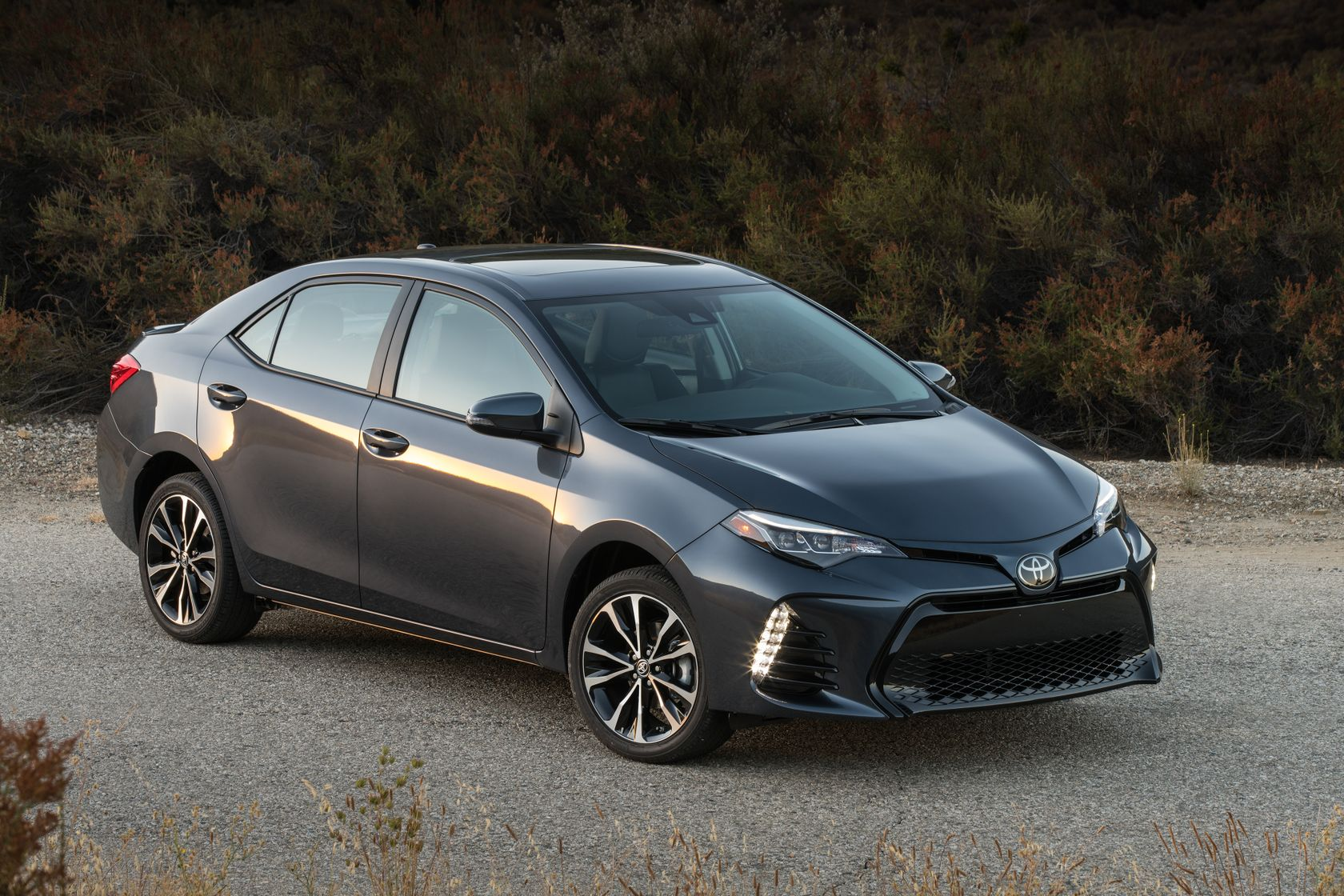 Introducing The 2018 Corolla: Canada's All-Time Favourite Toyota, with a New, Fully-Loaded XLE ...