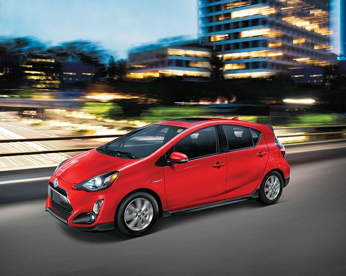 toyota-2017-prius-c-technology-absolutely-red-s