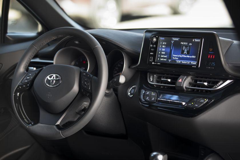 2018_Toyota_C-HR-36