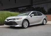 2018 Toyota Camry Hybrid LE-04