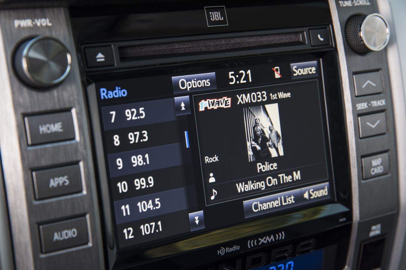 2018 Toyota Tundra Crewmax Platinum 31