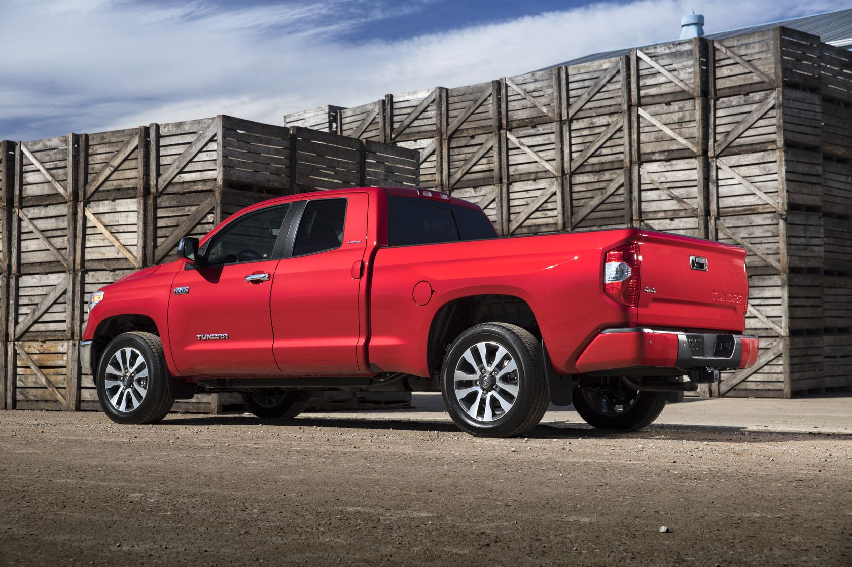 2018 Toyota Tundra Doublecab Limited 02