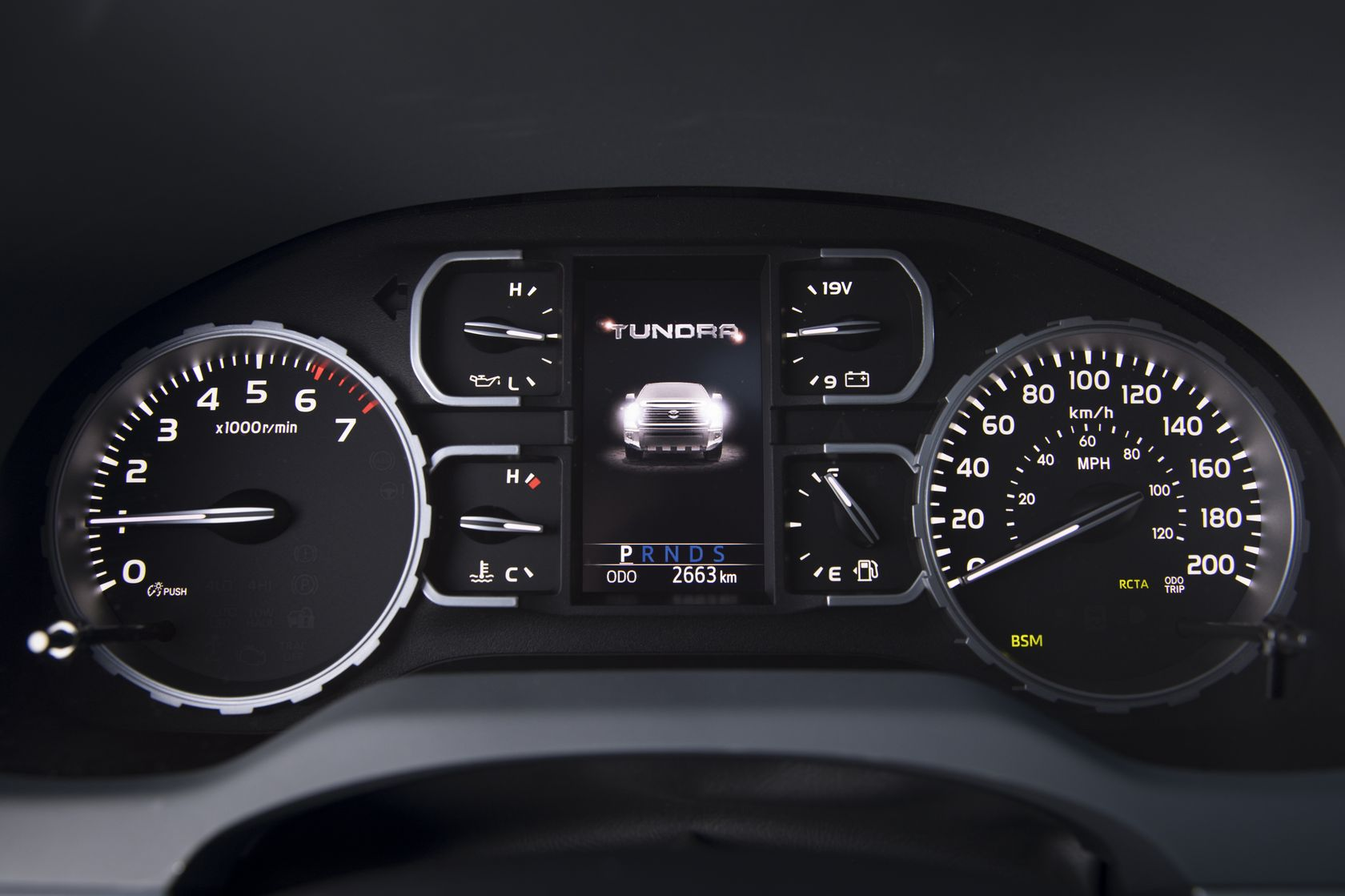 2018 Toyota Tundra Crewmax Platinum 19