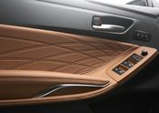 2019 Toyota Avalon Limited interior 09