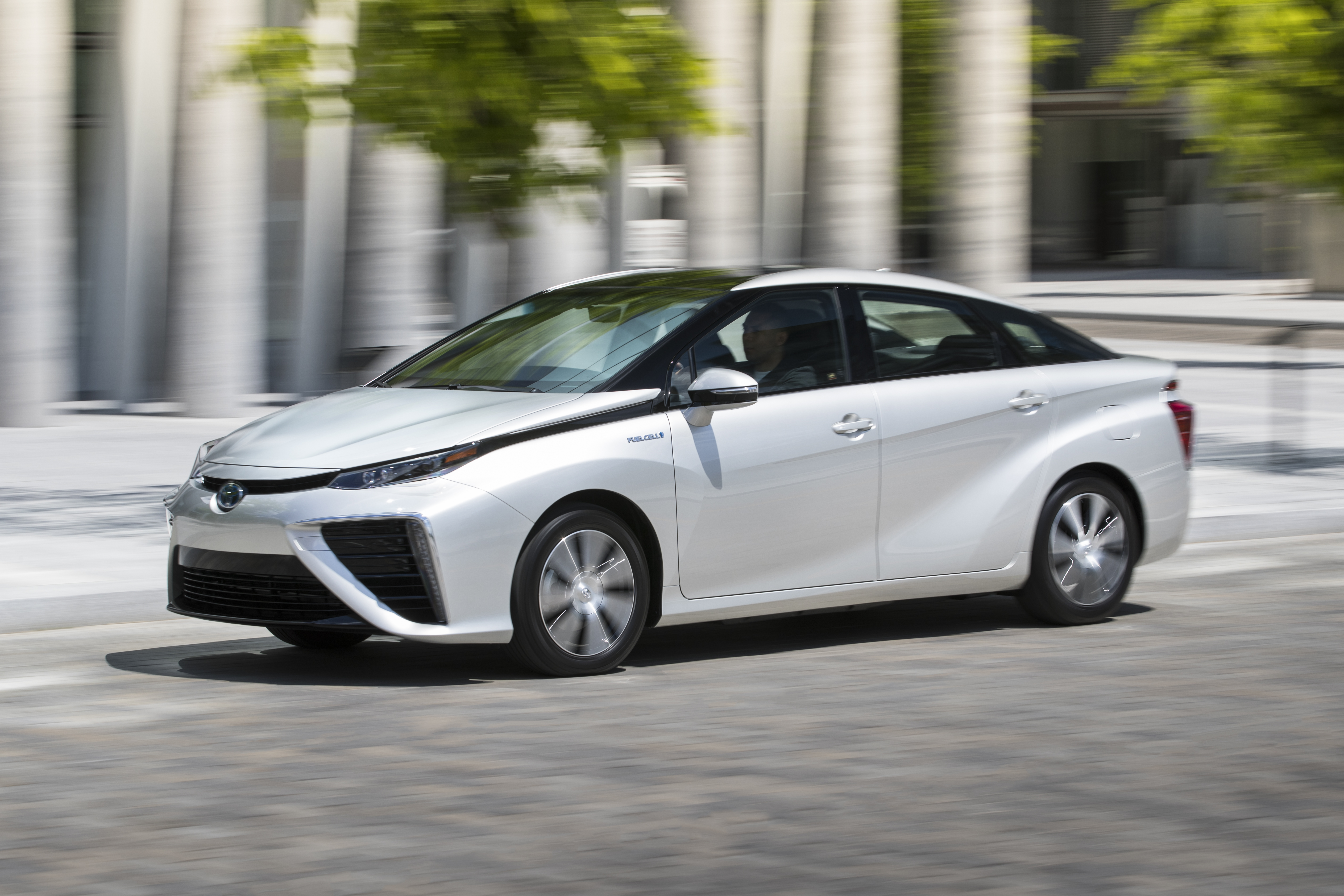 The Toyota Mirai Fuel Cell Electric Vehicle To Go On Sale This Year In Canada Starting In Quebec Jan 18 2018