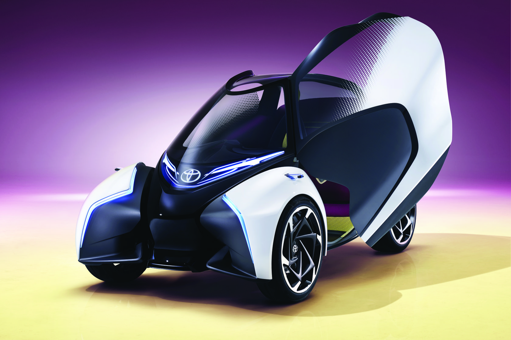 2017-toyota-concept-i-tril-static-04
