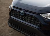 2019 Toyota RAV4 XLE HV Blueprint 18