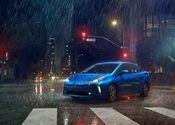 2019-2020 Toyota Prius AWD-e 04