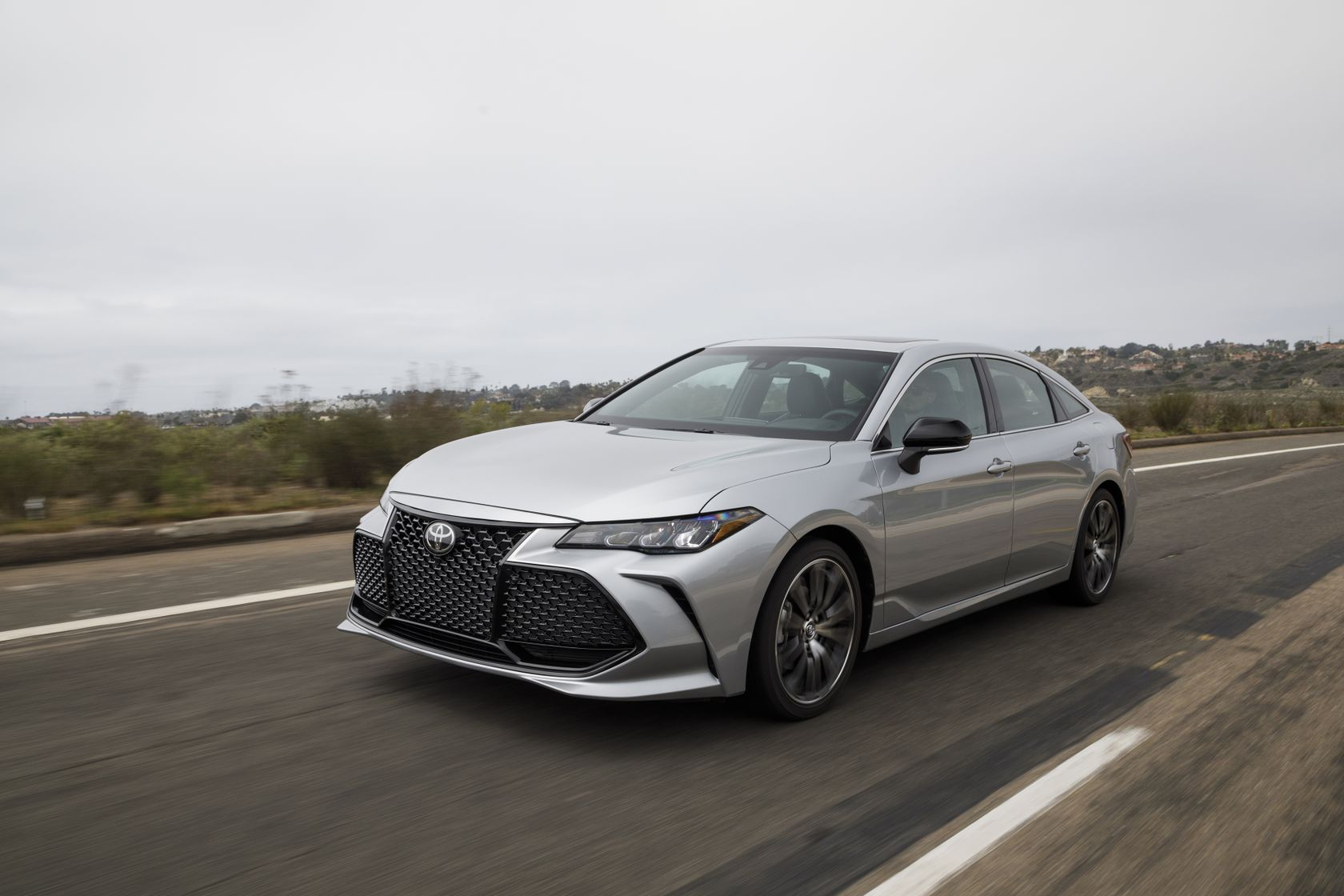Break With Convention, In The All-New 2019 Toyota Avalon ...