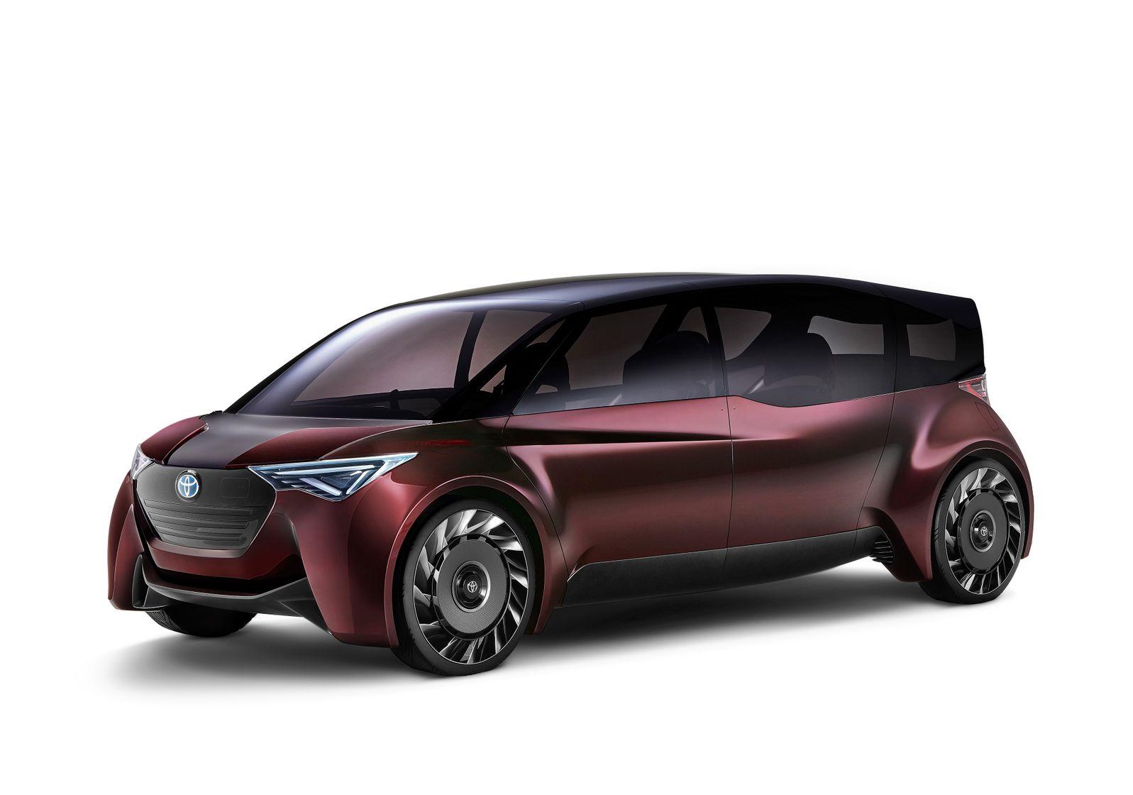 Toyota F-C R Exterior