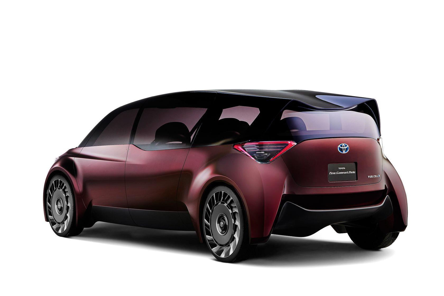 Toyota Fine Comfort Ride Concept 02