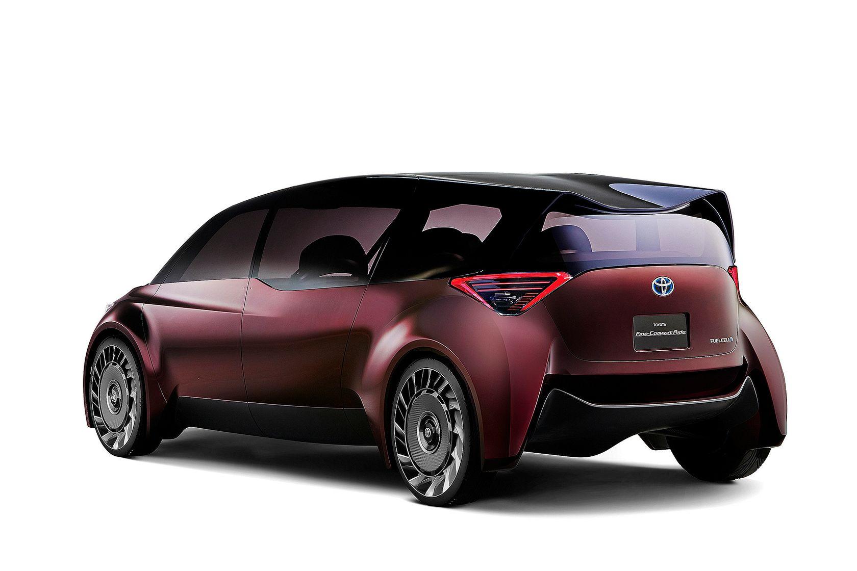 Toyota Fine Comfort Ride Concept 03