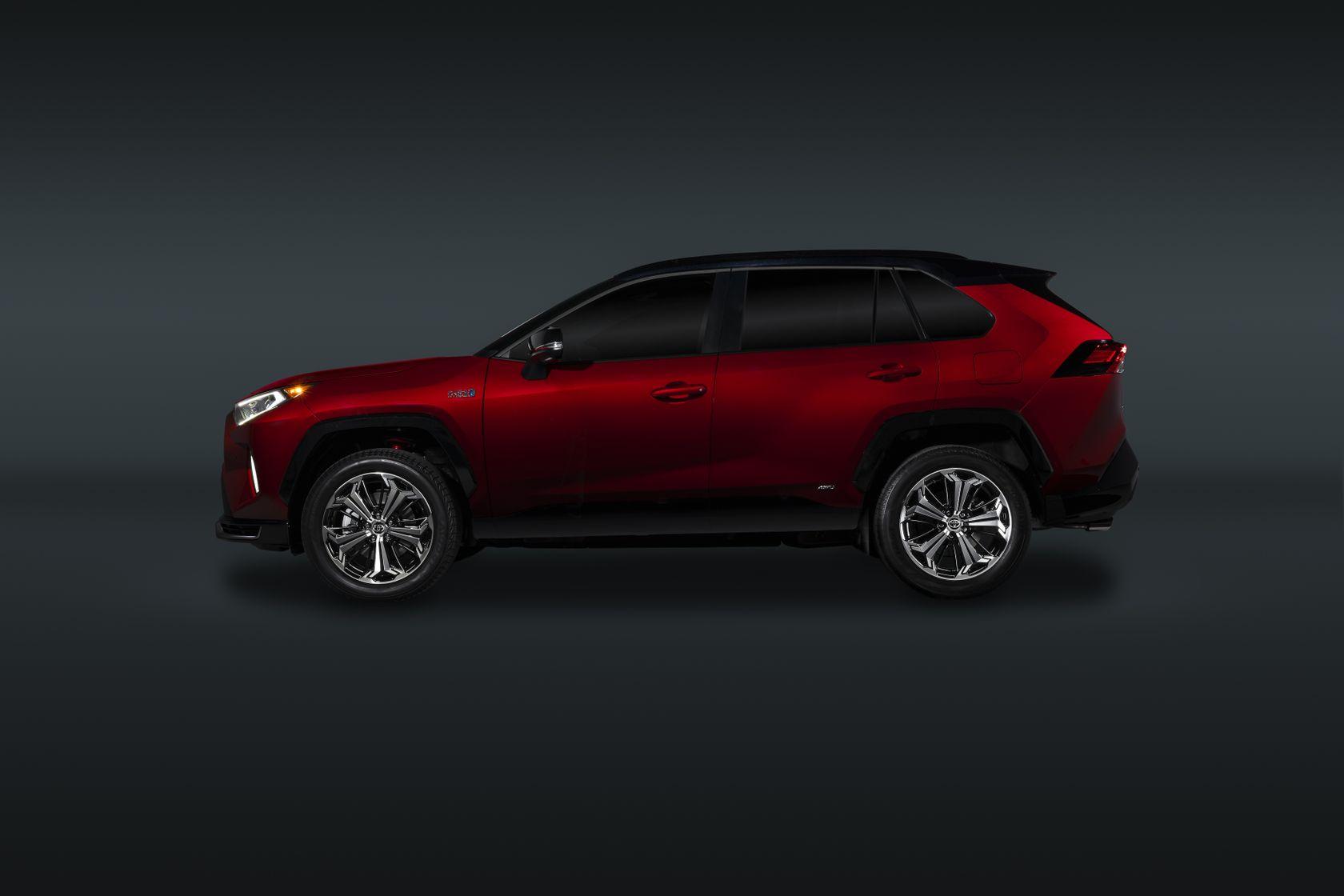 2021 Toyota RAV4 Prime Exterior 10