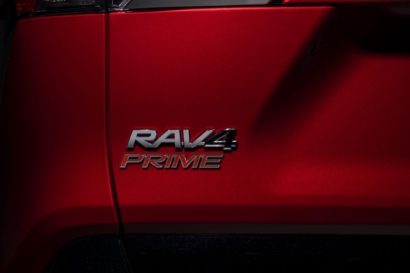 2021 Toyota RAV4 Prime Exterior 19