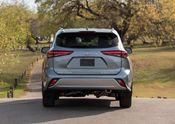 2020 Toyota Highlander Platinum AWD Moon Dust 012