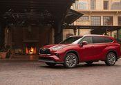 2020 Toyota Highlander – Platinum Hybrid – Exterior: Ruby Flare Pearl