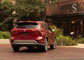 2020 Toyota Highlander Platinum Hybrid AWD Ruby Flare Pearl 011