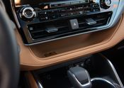 2020 Toyota Highlander Platinum Hybrid AWD Glazed Caramel 010
