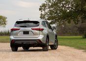 2020 Toyota Highlander XLE FWD Silver Metallic 013