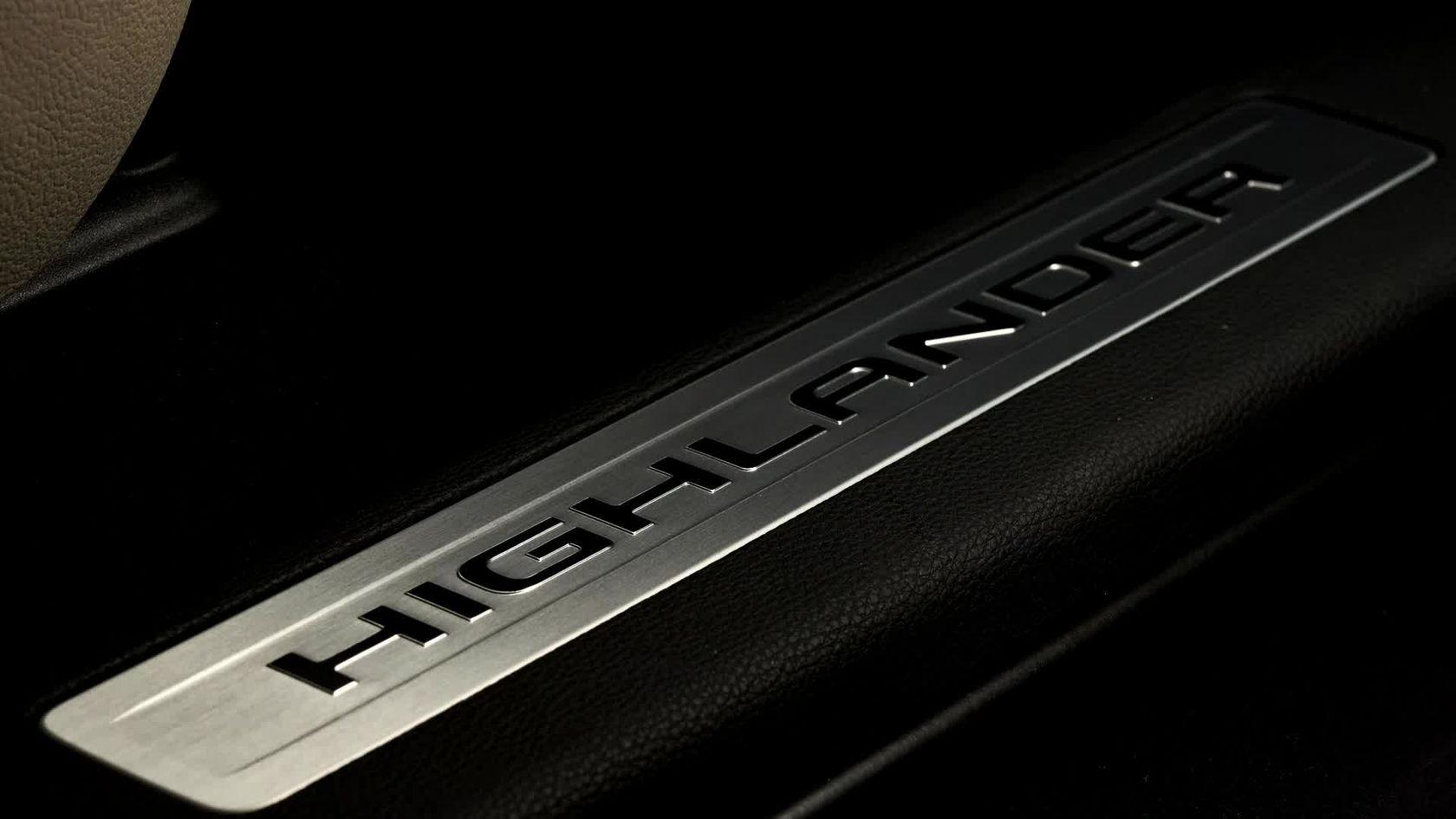 2020 Toyota Highlander B-roll