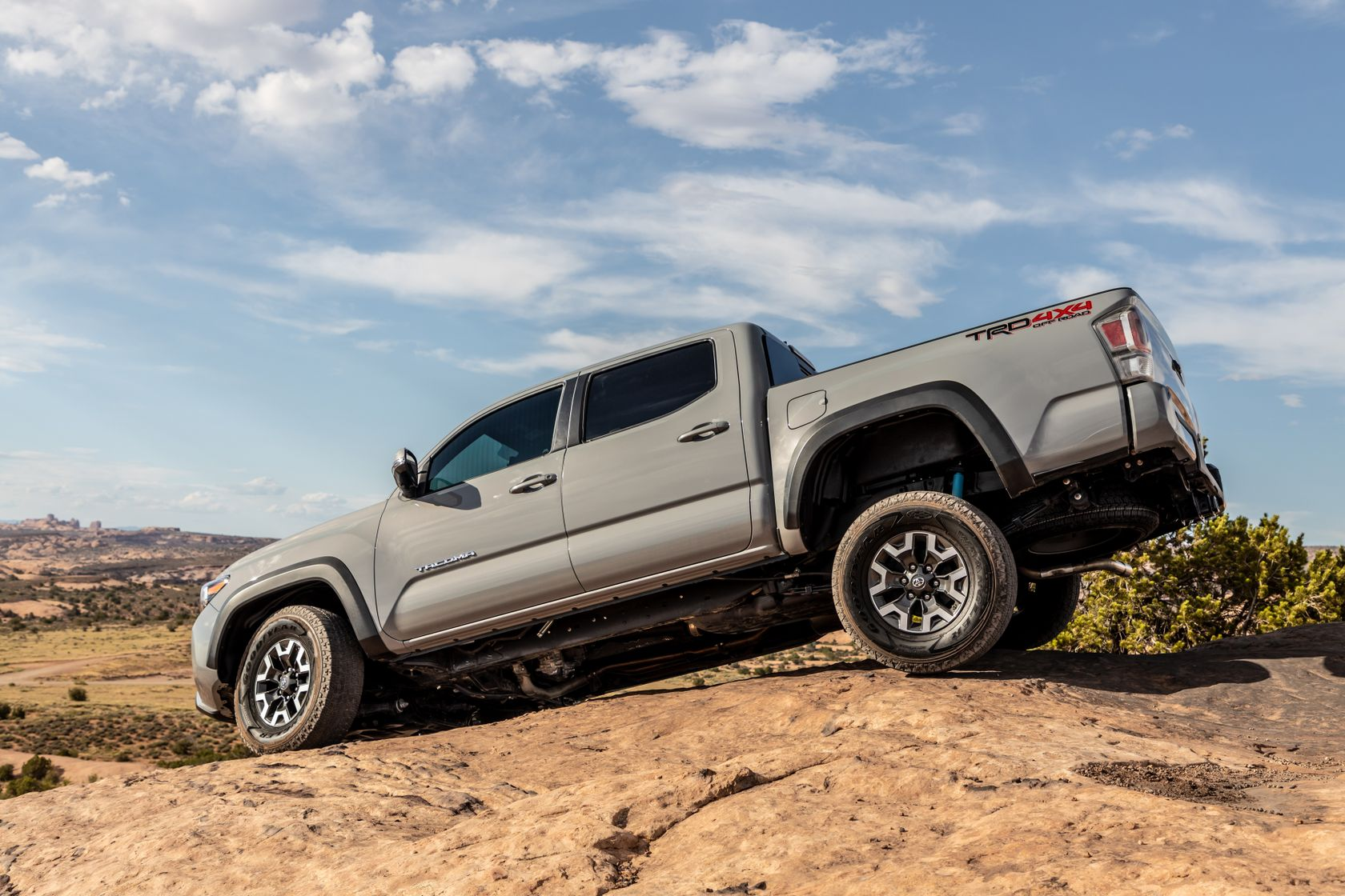 20_Tacoma_TRD_Off-Road_Cement_7