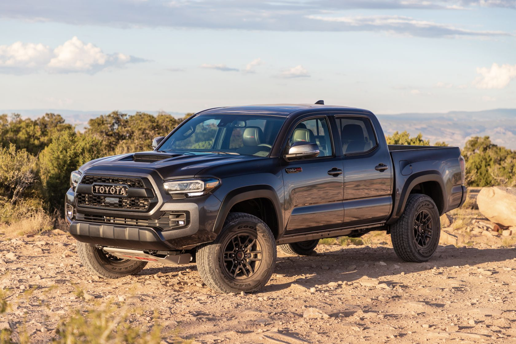 20_Tacoma_TRD_Pro_Magnetic_Gray_1