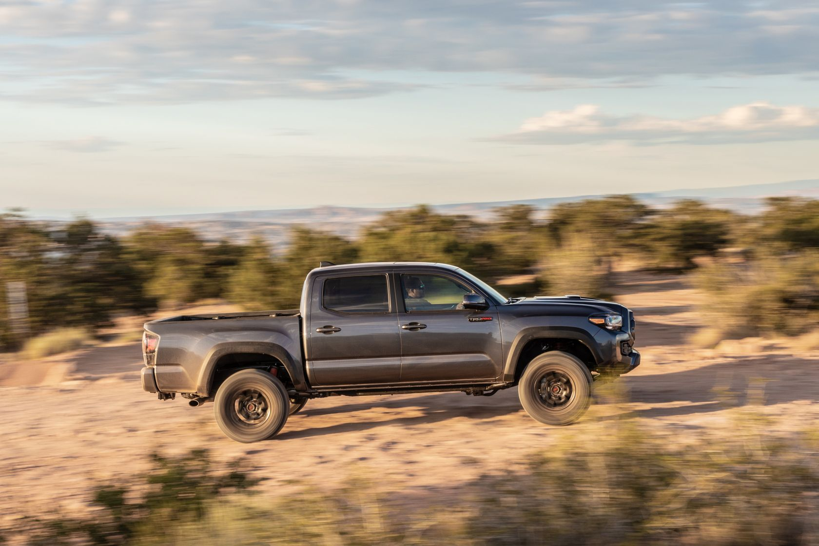 20_Tacoma_TRD_Pro_Magnetic_Gray_3